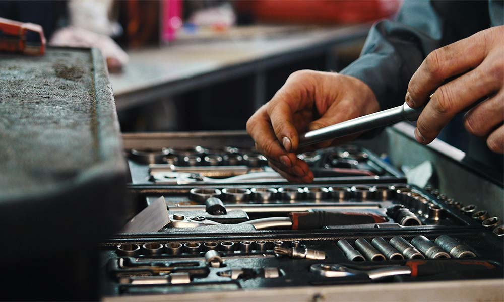 Ferramenta a Bedizzole - Vendita utensileria da lavoro, attrezzi, reti, lampadine, bombole del gas e duplicazione chiavi a Bedizzole